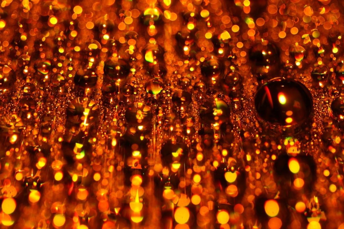 Золотистый дождь видео
